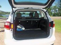 Picture of 2013 Ford C-Max SE Hybrid, interior