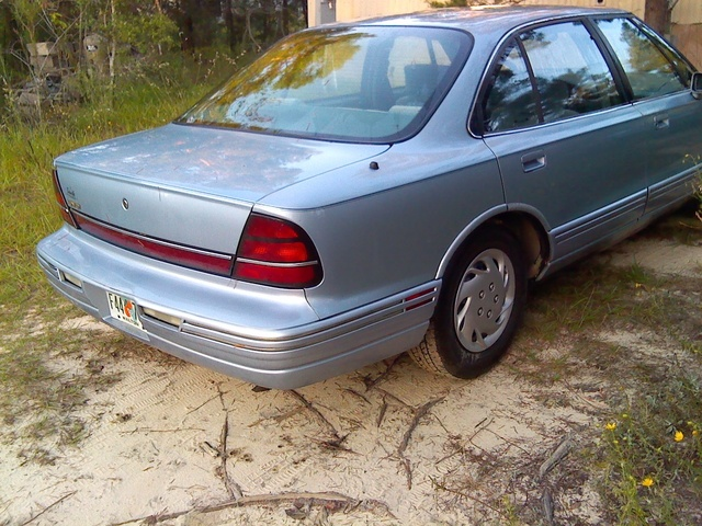 Picture of 1995 Oldsmobile Eighty-Eight