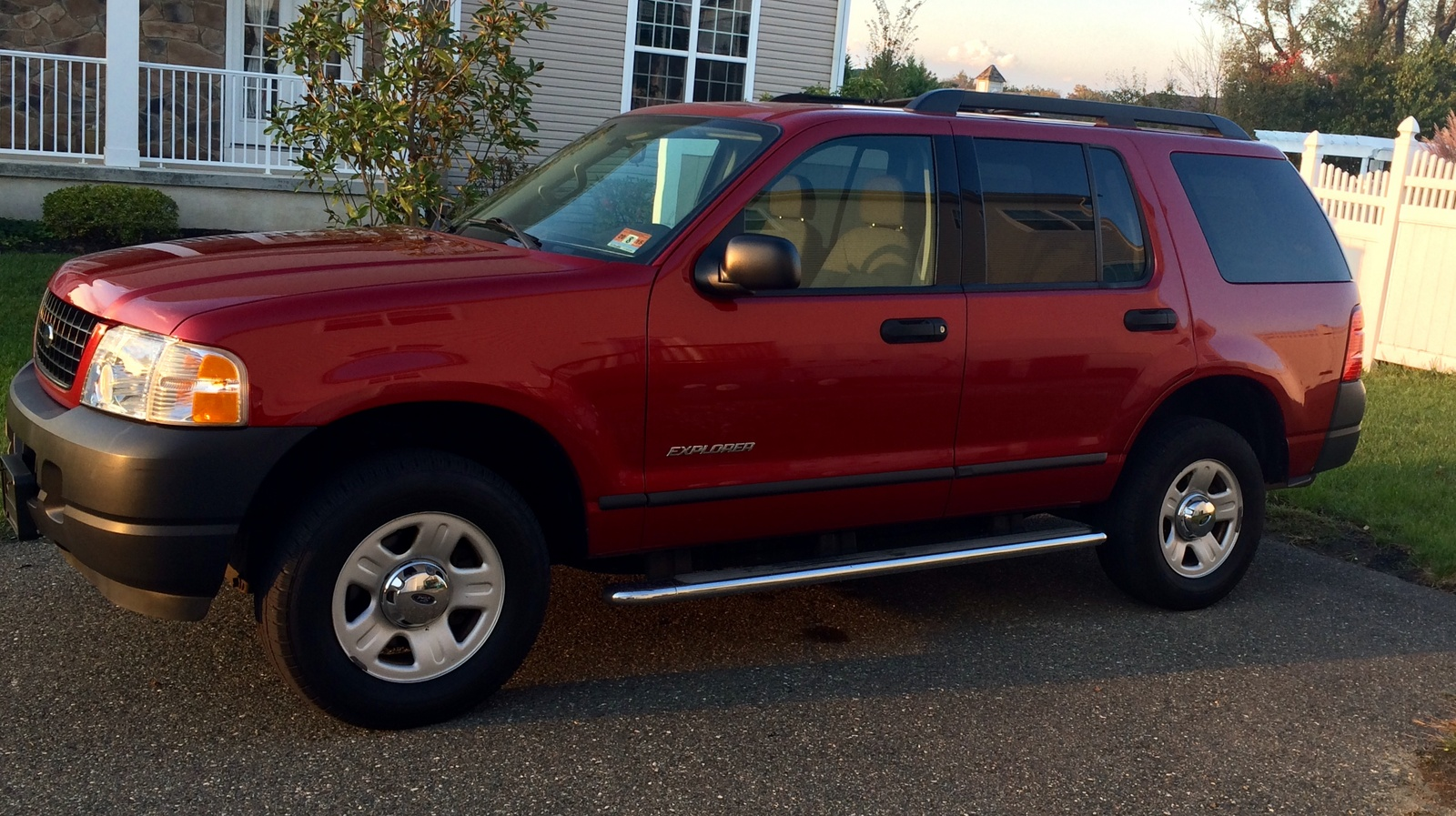 picture of 2005 ford explorer sport trac 4 dr xls 4wd crew cab sb. Cars Review. Best American Auto & Cars Review