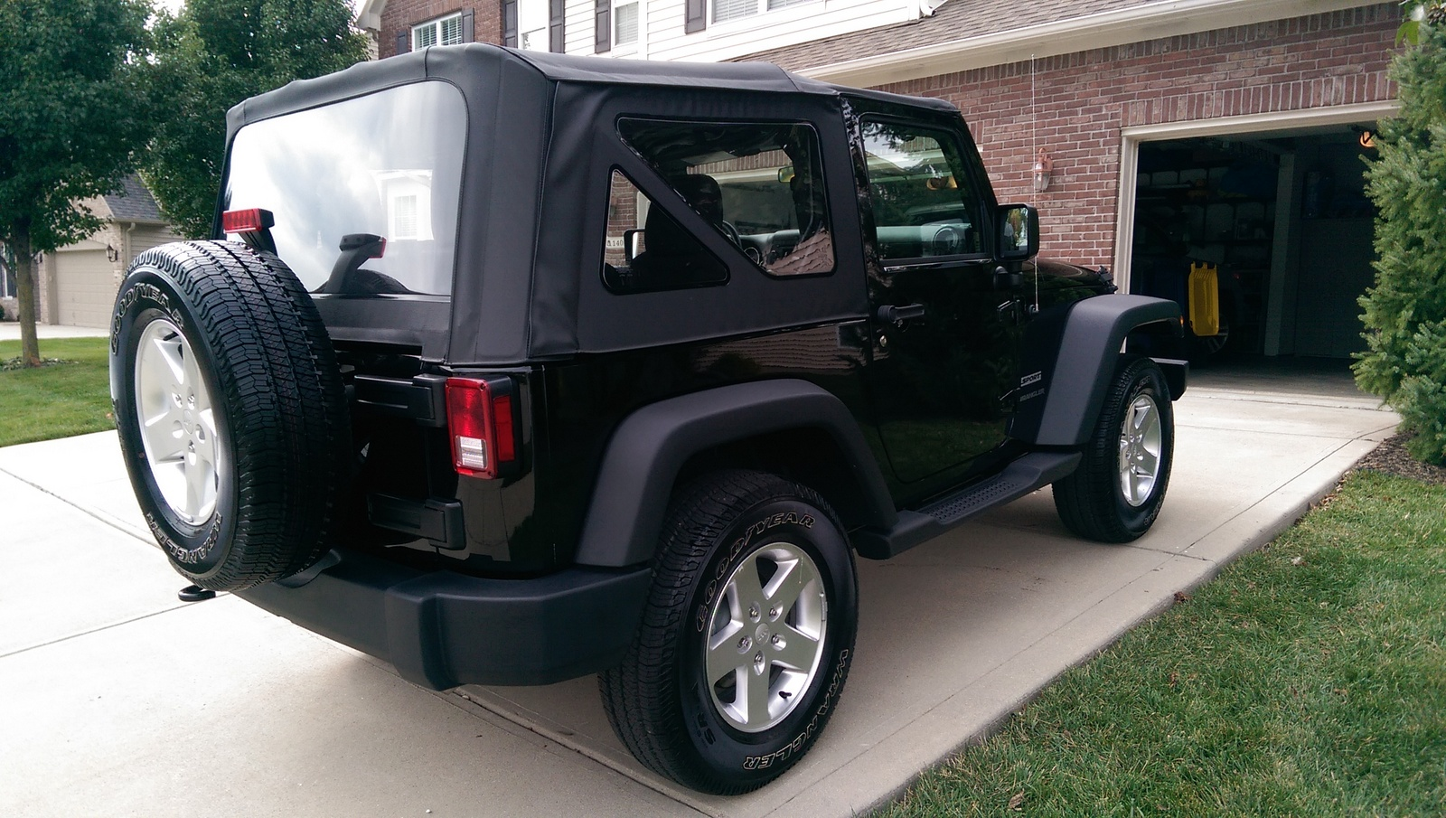 Picture of 2015 Jeep Wrangler Sport