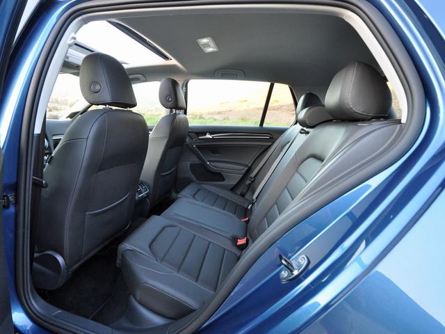 2015 Volkswagen Golf 1.8T SEL, interior, gallery_worthy