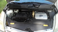 Picture of 2004 Toyota Prius Base, engine
