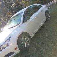 Picture of 2013 Chevrolet Cruze LS