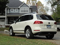 Picture of 2012 Volkswagen Touareg TDI Executive, exterior, gallery_worthy