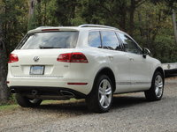 Picture of 2012 Volkswagen Touareg TDI Executive, exterior