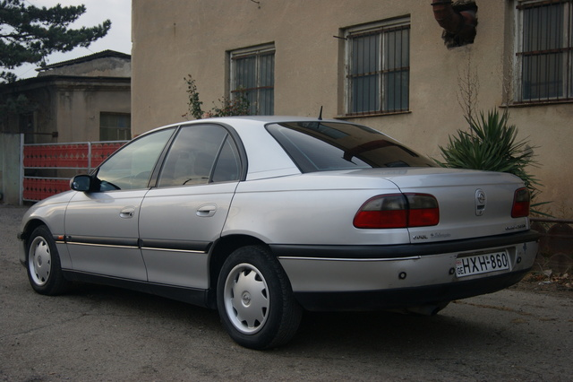 Picture of 1998 Opel Omega