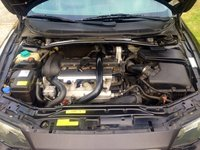 Picture of 2004 Volvo XC70 Cross Country, engine