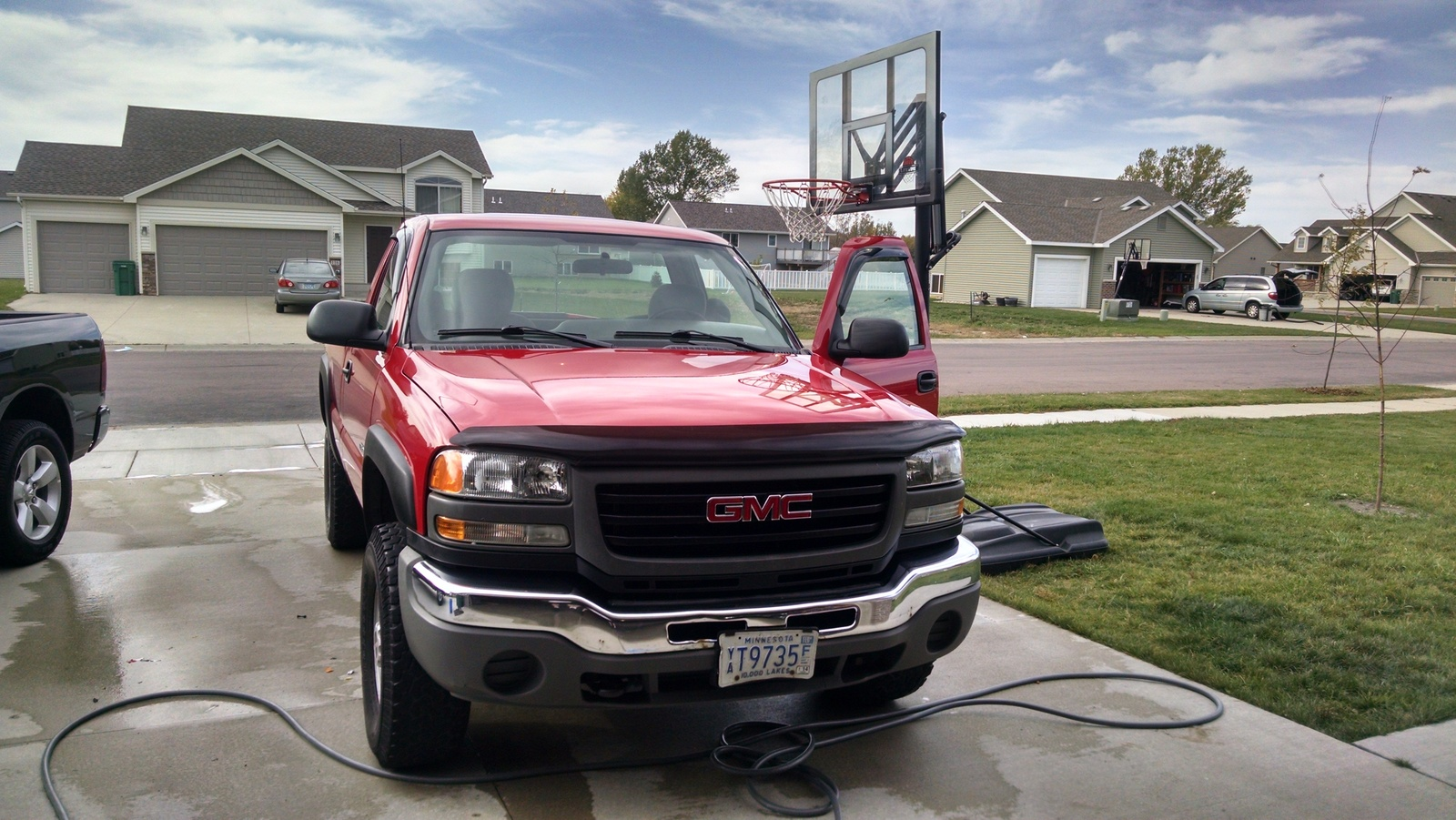 Picture of 2005 GMC Sierra 3500 2 Dr SLE 4WD Standard Cab LB