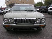 1999 Jaguar XJ-Series Overview