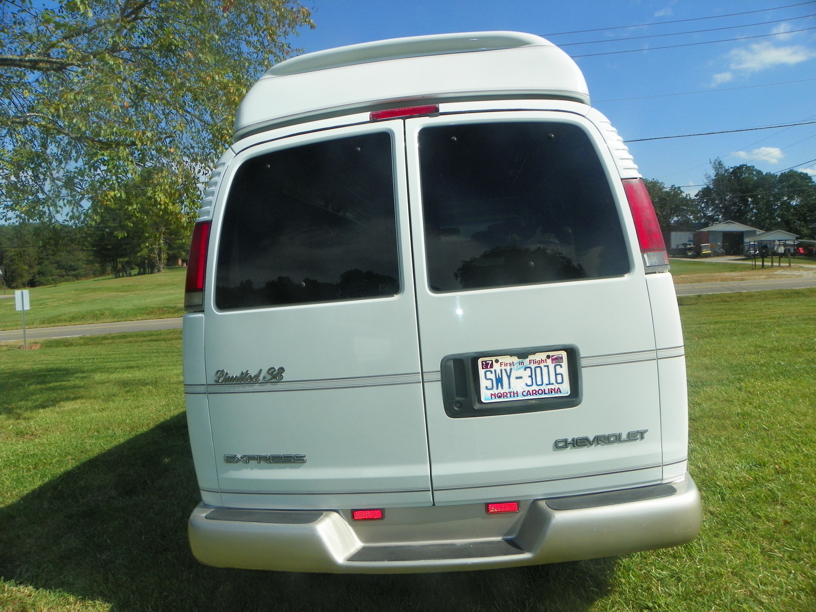 Picture of 1999 Chevrolet Express G1500 Passenger Van, exterior