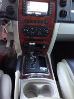 Picture of 2008 Jeep Commander Overland 4WD, interior