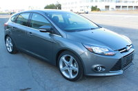 2014 Ford Focus, Front-quarter view, exterior