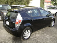 Picture of 2012 Toyota Prius c Four, exterior