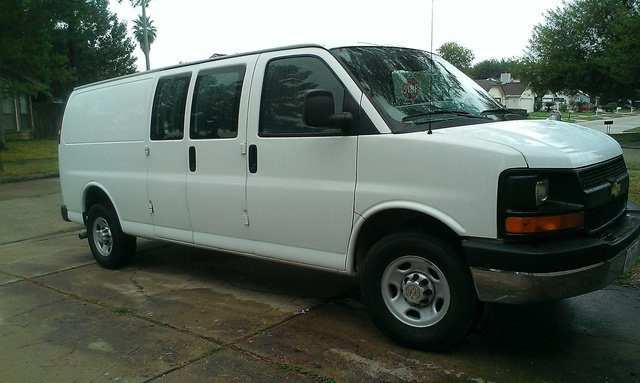 Picture of 2011 Chevrolet Express Cargo 3500, exterior, gallery_worthy