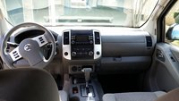 Picture of 2013 Nissan Frontier SV Crew Cab, interior