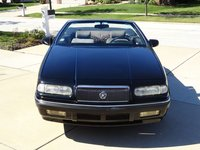 1993 Chrysler Le Baron Overview