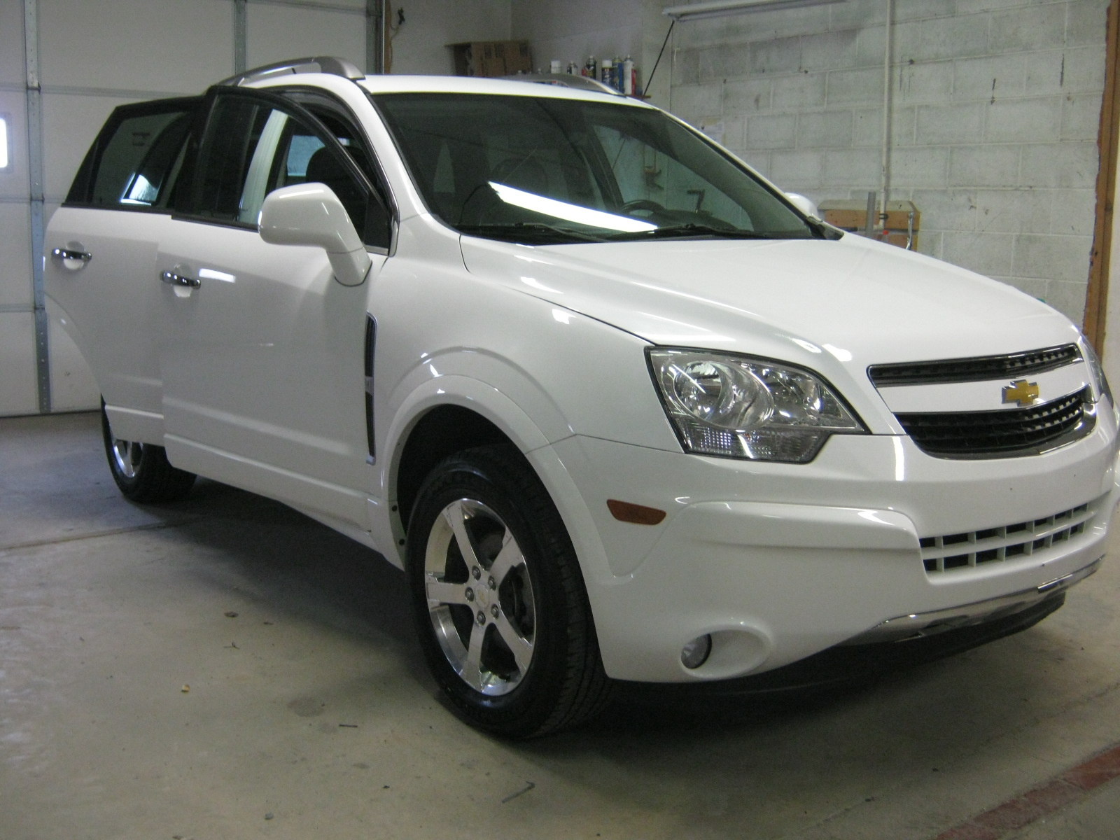Picture of 2012 Chevrolet Captiva Sport LTZ AWD