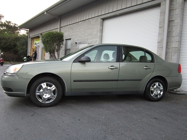 2005 chevrolet malibu overview cargurus. Cars Review. Best American Auto & Cars Review