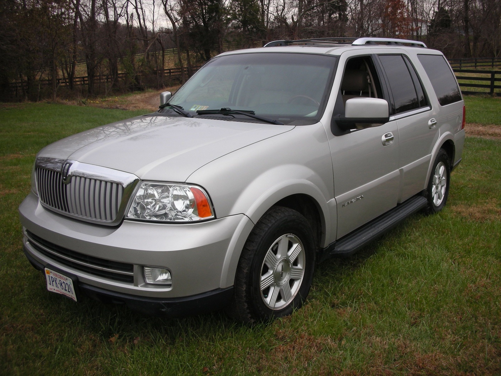 2005 Lincoln Navigator Pictures Cargurus Autos Post
