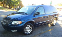 Picture of 2001 Chrysler Town & Country, exterior