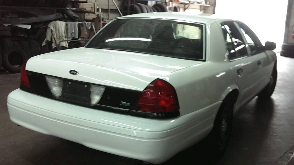 Picture of 2011 Ford Crown Victoria Police Interceptor