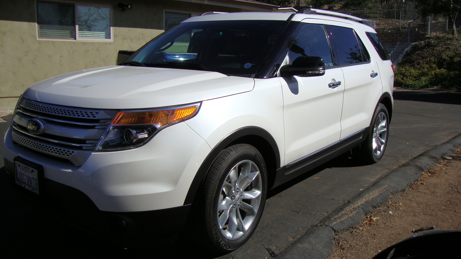 Picture of 2014 Ford Explorer XLT