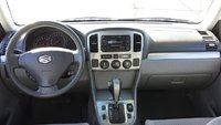 Picture of 2005 Suzuki Grand Vitara EX 4WD, interior