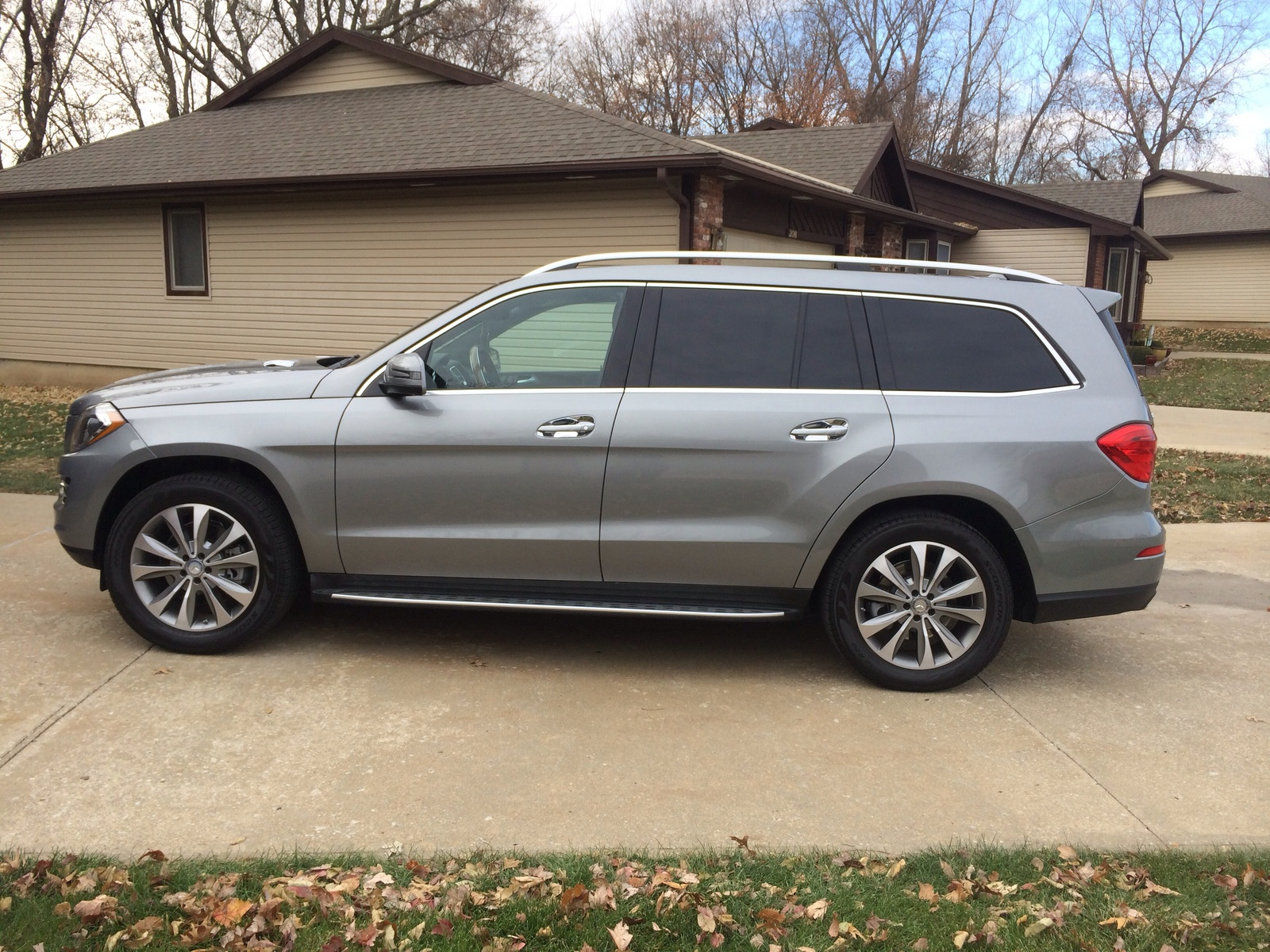 Average gas mileage for gl 450 2015 autos post for Mercedes benz average price