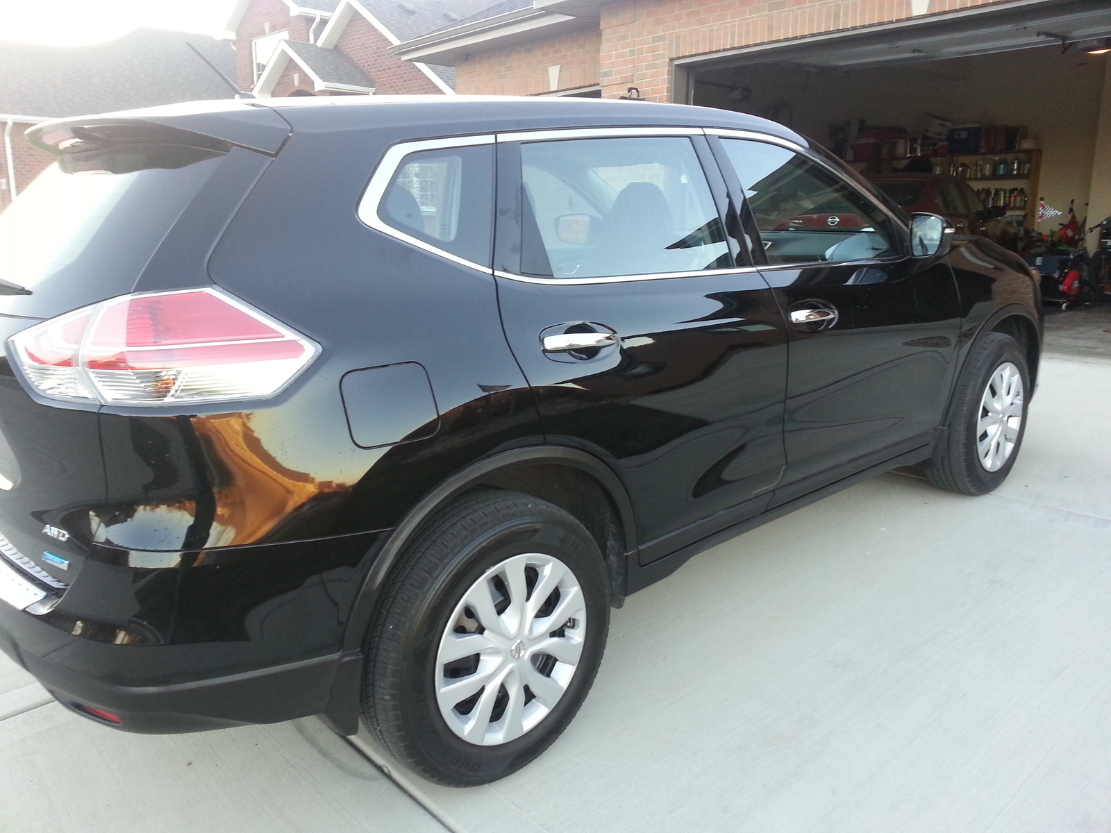 Picture of 2014 Nissan Rogue S AWD