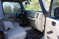 Picture of 2004 Jeep Wrangler Sahara, interior