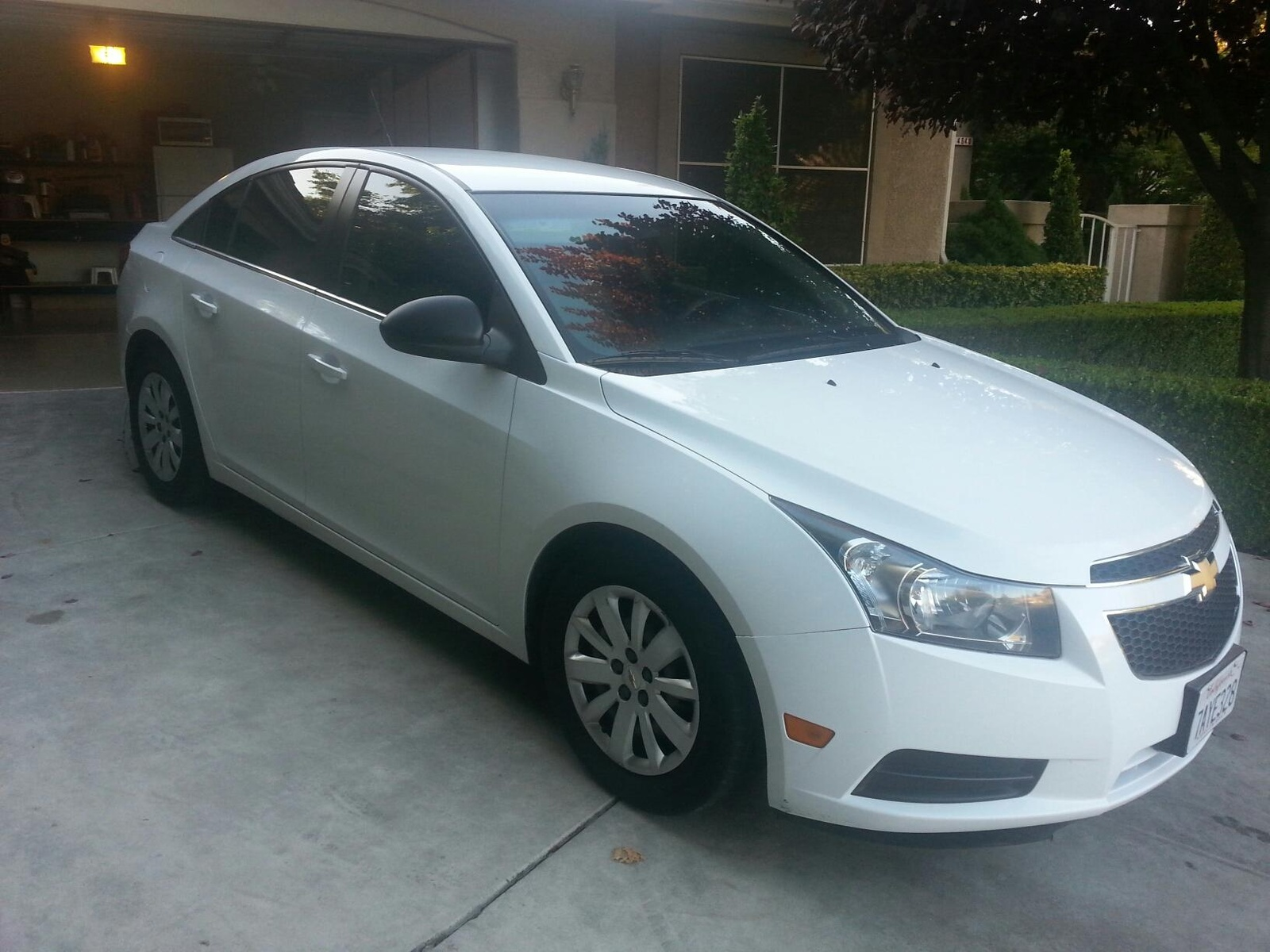 picture of 2011 chevrolet cruze ls exterior. Black Bedroom Furniture Sets. Home Design Ideas