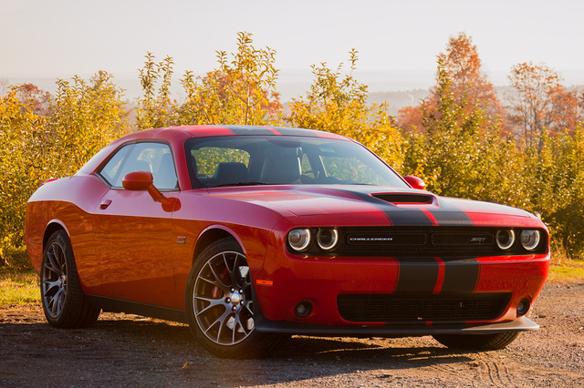 2015 Dodge Challenger, Front-quarter view