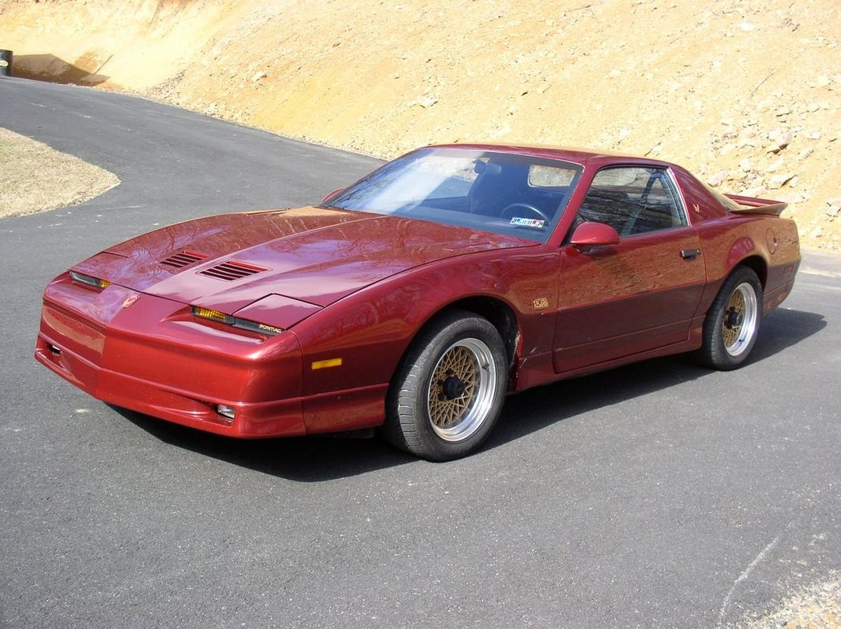 1988 pontiac trans am overview cargurus. Black Bedroom Furniture Sets. Home Design Ideas