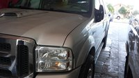 2005 Ford Excursion XLT, clean no dents, exterior