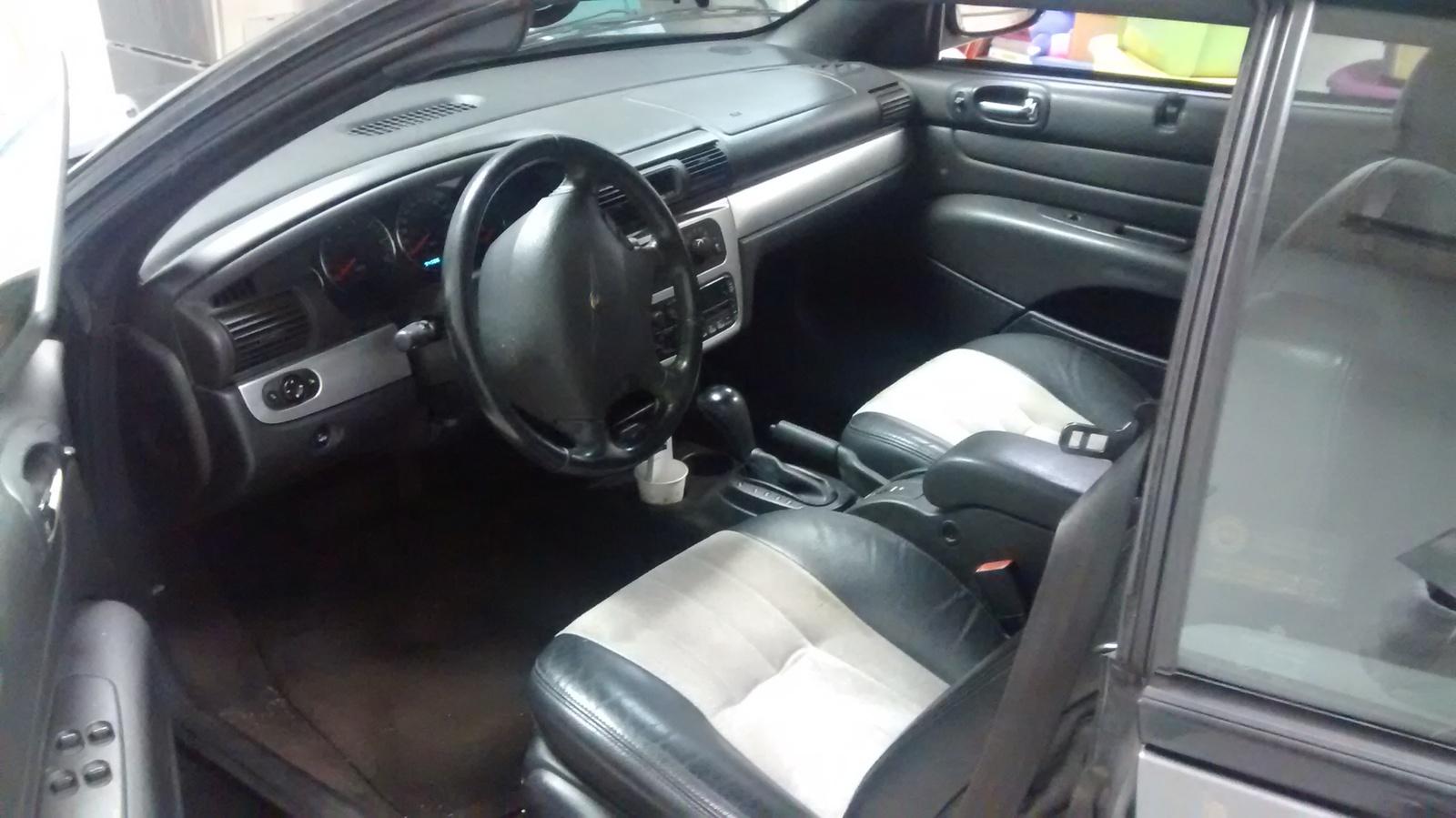 Picture Of 2004 Chrysler Sebring Touring Platinum Series Interior