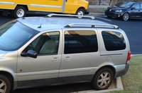 Picture of 2005 Saturn Relay 4 Dr 3 Passenger Van, exterior