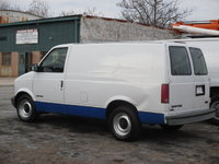 2000 GMC Safari Cargo Overview