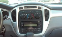 Picture of 2004 Toyota Highlander Base V6, interior