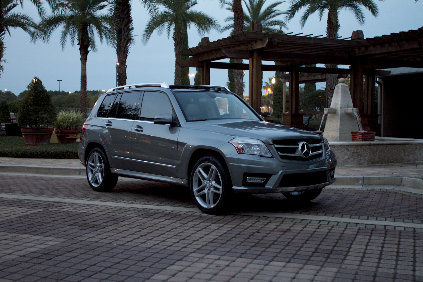 2011 mercedes benz glk class review cargurus for Mercedes benz glk350 2011