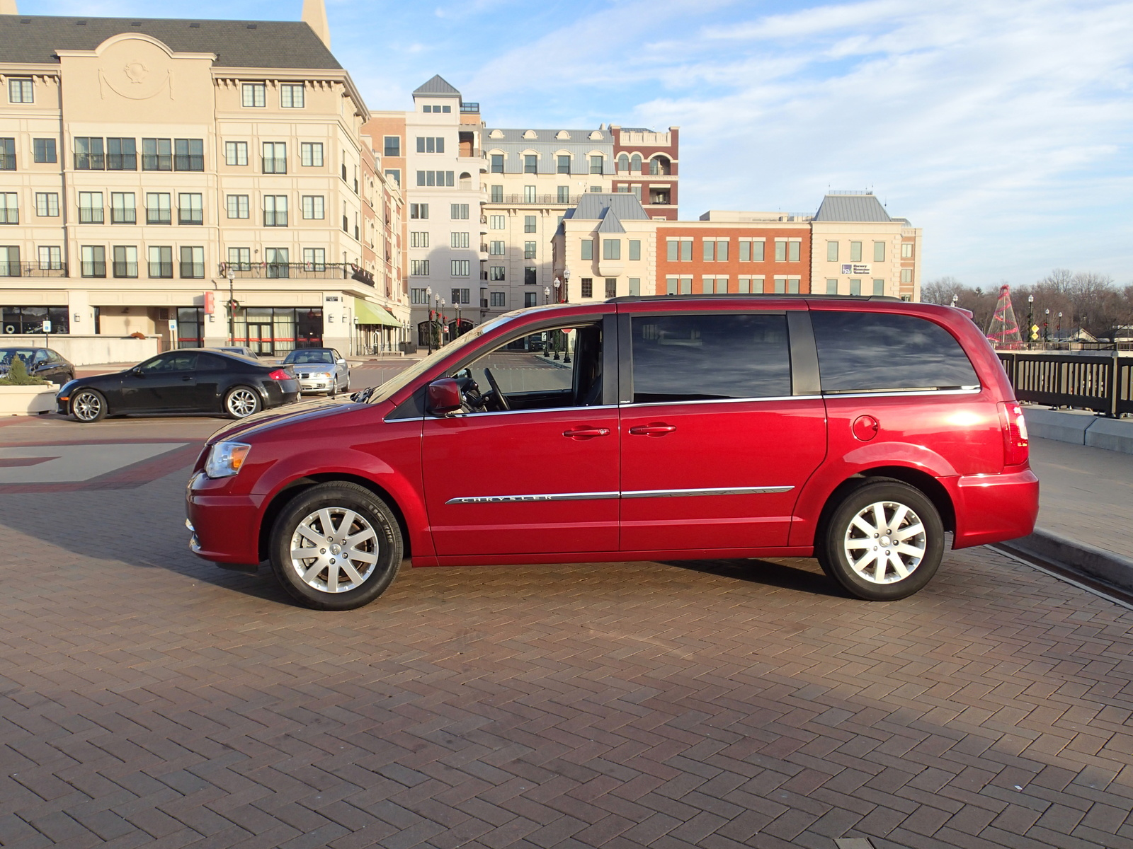 new 2015 2016 chrysler town country for sale cargurus. Cars Review. Best American Auto & Cars Review