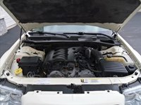 Picture of 2008 Chrysler 300 Limited, engine, gallery_worthy