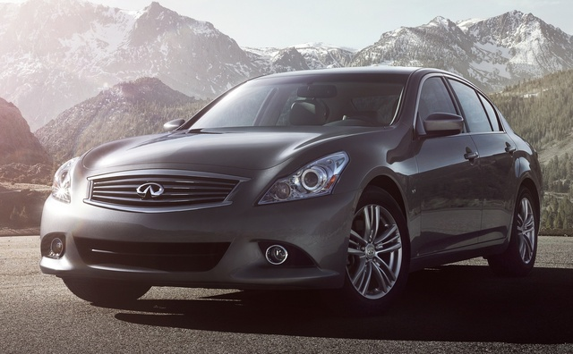 2015 INFINITI Q40, Front-quarter view, exterior, manufacturer, gallery_worthy