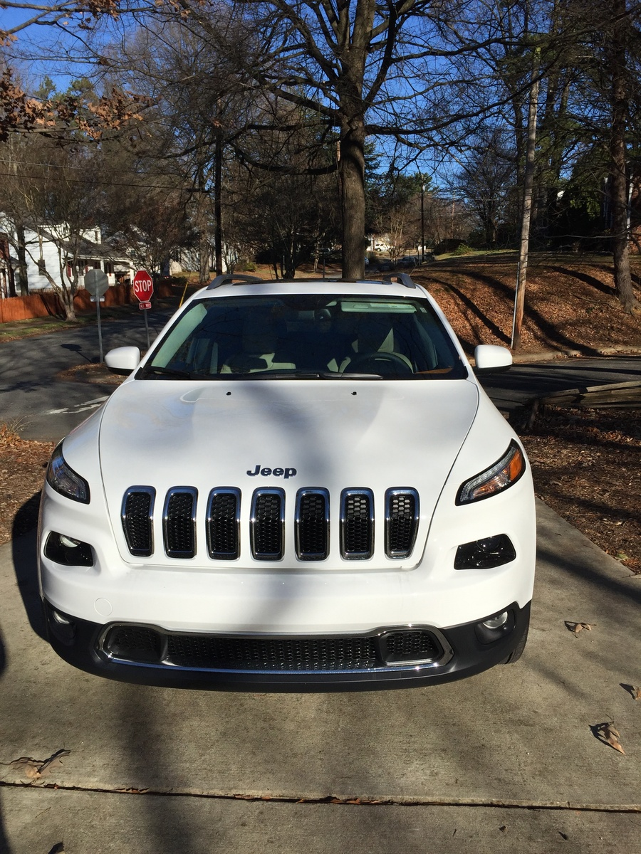 Picture of 2015 Jeep Cherokee Limited 4WD