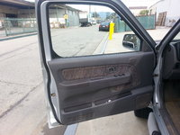 Picture of 2000 Nissan Frontier 4 Dr XE 4WD Crew Cab SB, interior