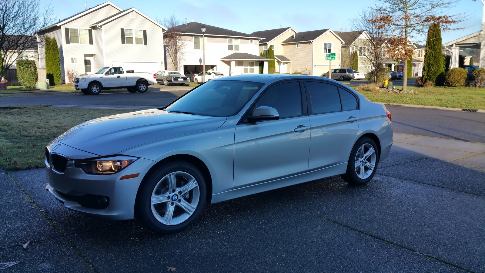 Picture of 2015 BMW 3 Series 320i Sedan