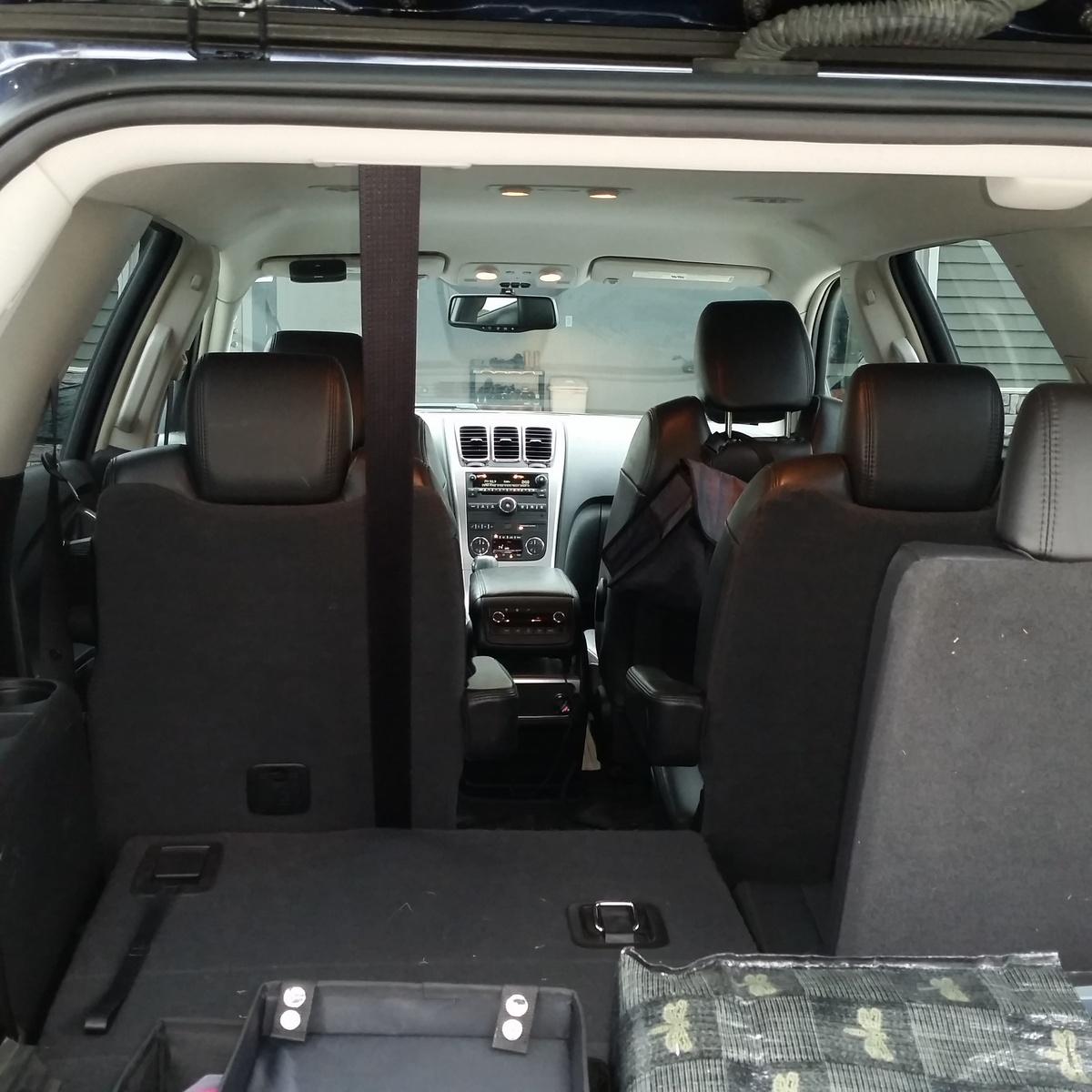 1992 Gmc Safari Cargo Interior: 2009 GMC Acadia