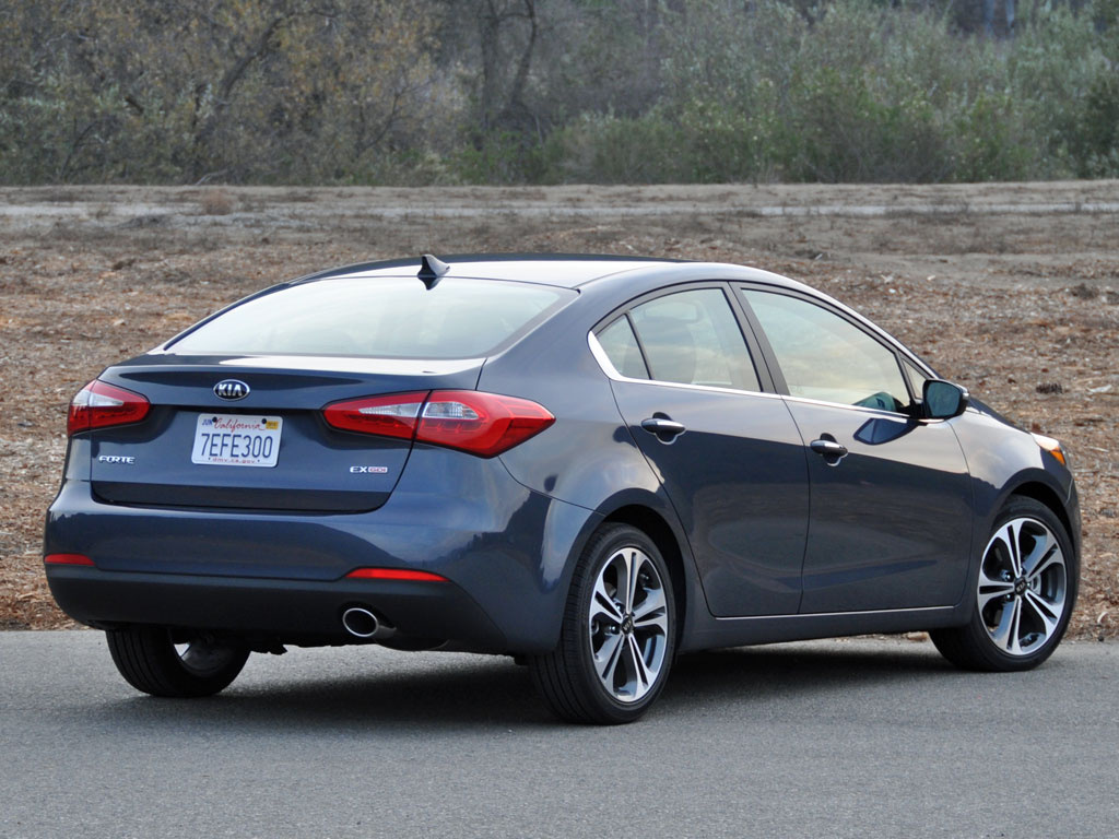 2015 kia forte test drive review cargurus. Black Bedroom Furniture Sets. Home Design Ideas