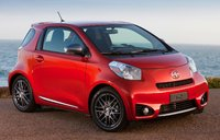 2015 Scion iQ, Front-quarter view, exterior, manufacturer, gallery_worthy