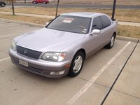 1999 Lexus LS 400 Picture Gallery