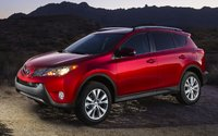 2015 Toyota RAV4, Front-quarter view, exterior, manufacturer, gallery_worthy